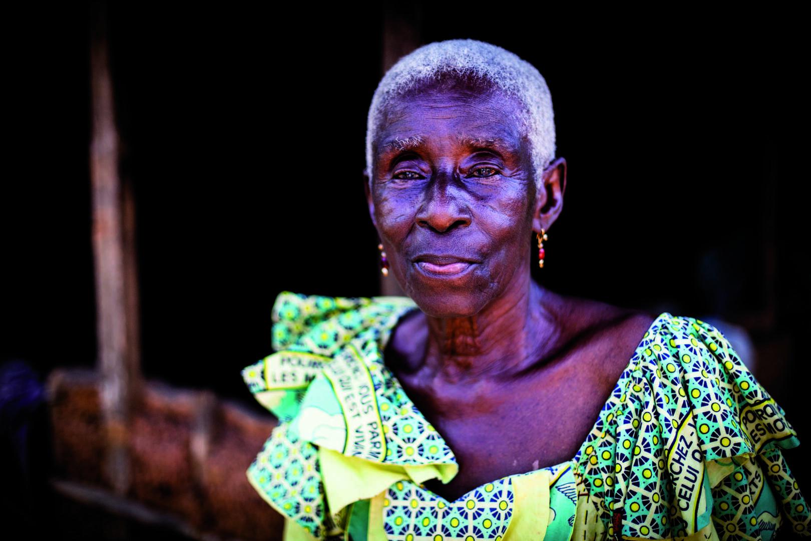 Clin d'oeil de Gauz': «La Vieille»… «La Vieille mère»…